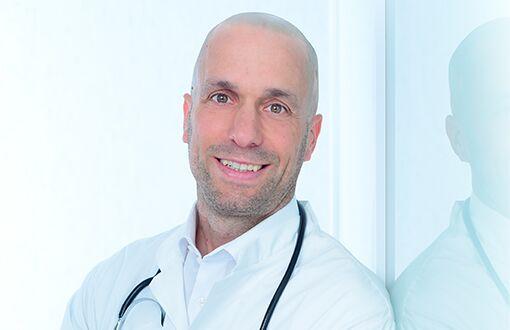 Arzt Niels Schulz-Ruhtenberg